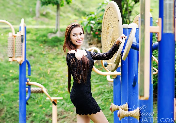 charlotte mature personals 8 great locations and bars to meet single cougars in charlotte a more mature lady in charlotte our highest rated cougar dating sites for charlotte.